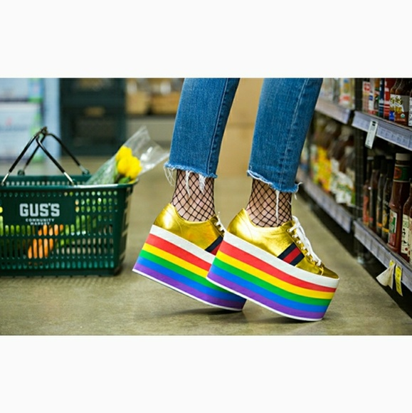 Gucci Womens Peggy Rainbow Platform